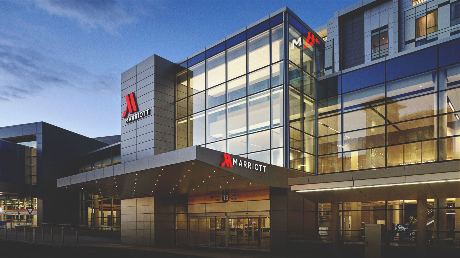Calgary Airport Marriott in Terminal Hotel